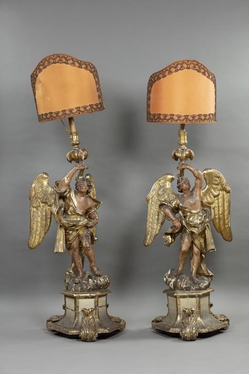 Coppia di angeli reggicero, XVII secolo