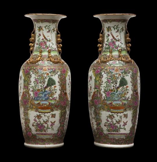 Coppia di vasi Famiglia Rosa cantonese, Cina, XIX secolo - CATALOGO