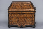 Cassettone a ribalta, Lombardia, XVIII secolo - Galleria