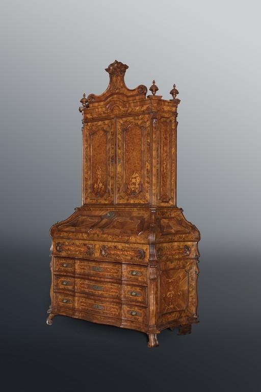 Bureau Trumeau, Lombardia, XVIII secolo - CATALOGO