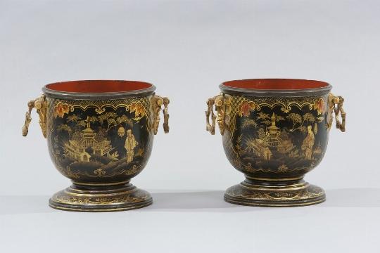 Coppia di cache-pots, XIX secolo - Galleria