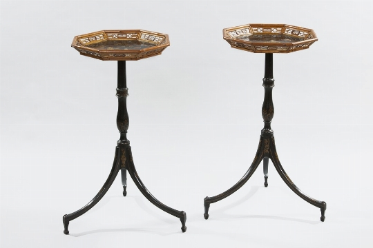 Coppia di gueridons, Inghilterra, XVIII secolo - Galleria