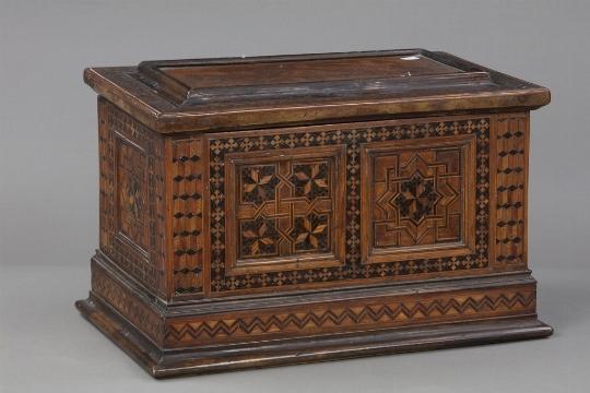 Cassettina in legno intarsiato - CATALOGO