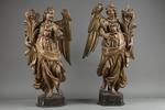 Coppia di angeli reggicero, XVII secolo  - Galleria
