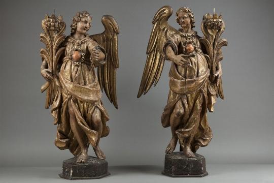 Coppia di angeli reggicero, XVII secolo  - OPERE