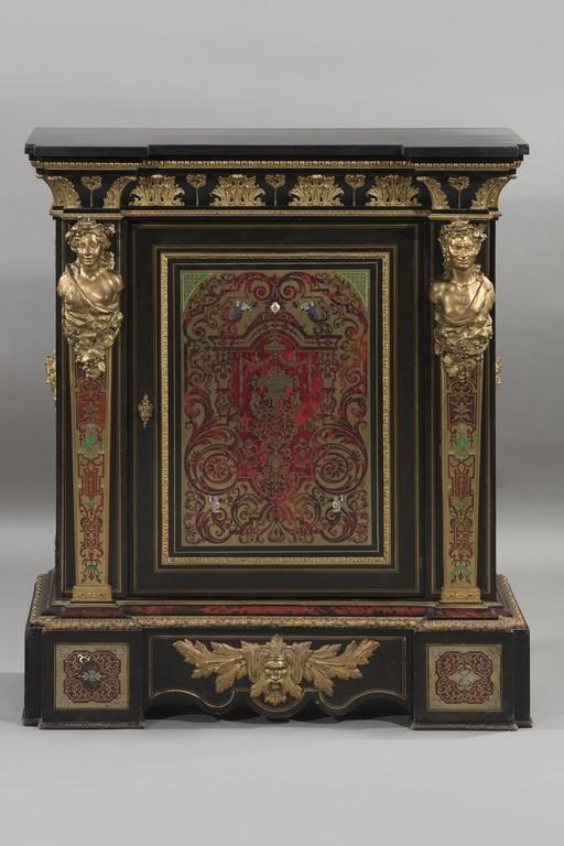 Credenza intarsiata 'alla Boulle', XIX secolo - Galleria