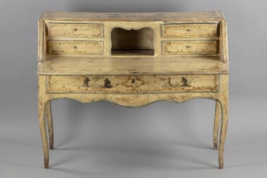 Scrittoio a ribalta, Piemonte, metà del XVIII secolo - OPERE