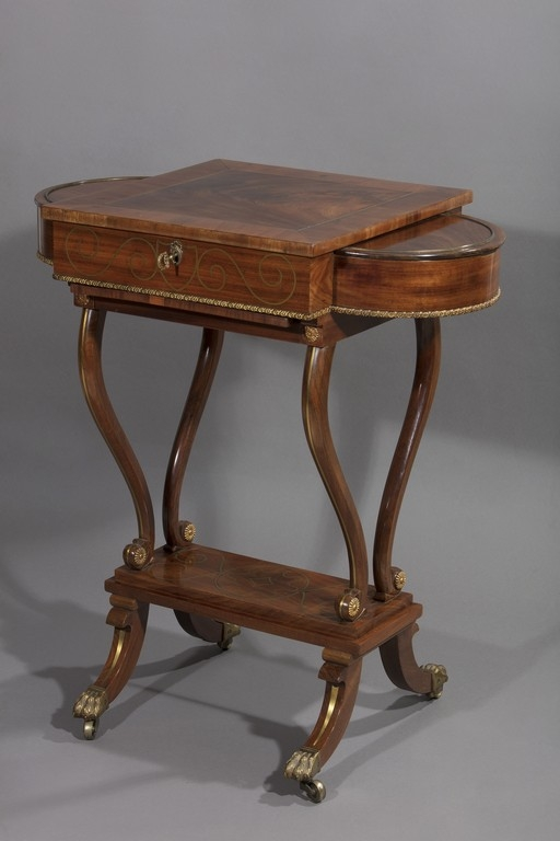 Tavolino da lavoro e da gioco, seconda metà del XIX secolo