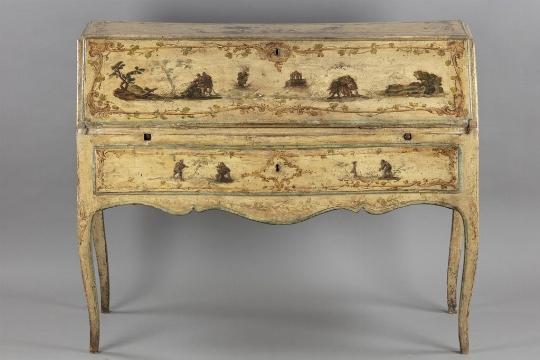 Scrittoio a ribalta, Piemonte, metà del XVIII secolo